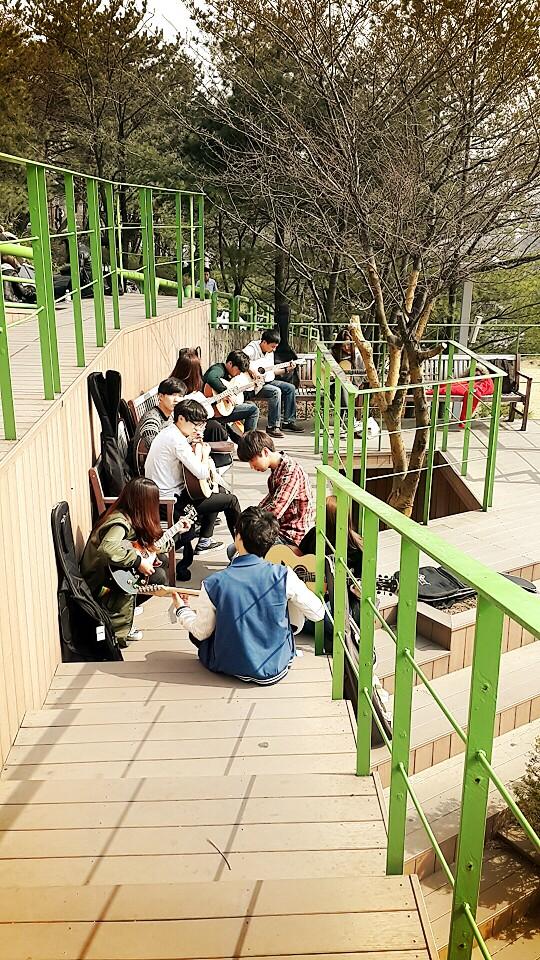 Thực hư chuyện xin việc lương cao sau khi du học Hàn Quốc?