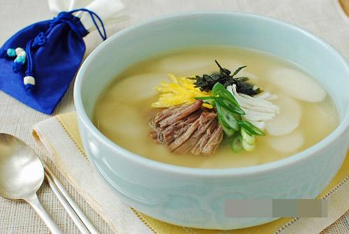 Bảy món canh phổ biến tại xứ sở kim chi bạn nên thử