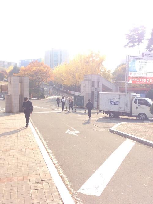 Tiết kiệm chi phí với chương trình du học Hàn Quốc bằng tiếng Anh