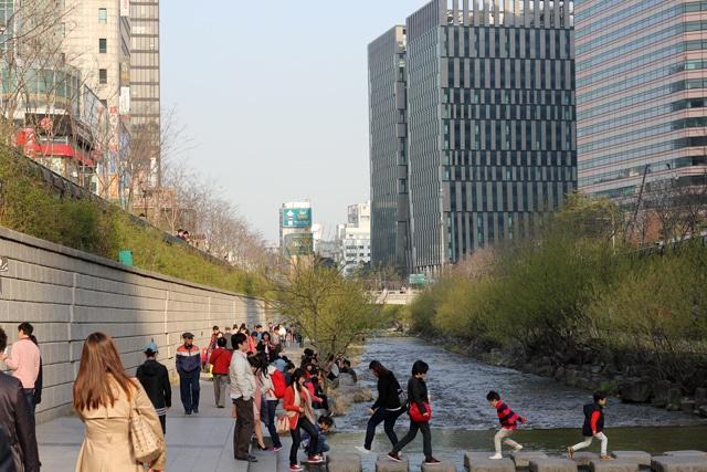 Điều kiện du học Hàn Quốc: Chứng minh tài chính có thật sự khó