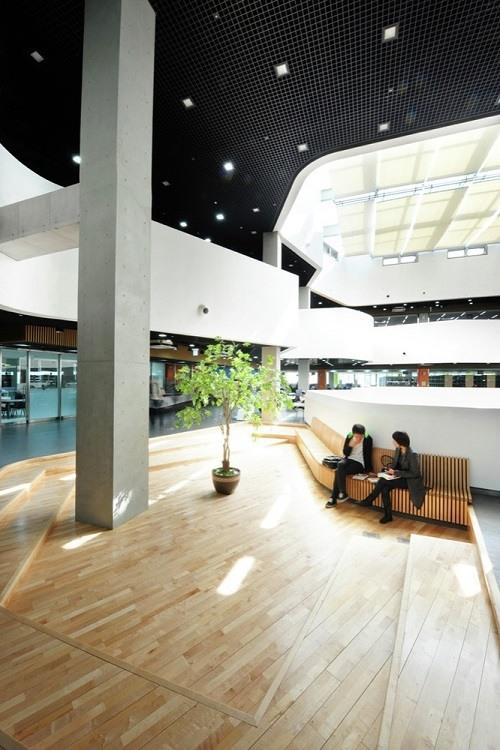 Gánh nặng chi phí du học Hàn Quốc đặt lên vai du học sinh