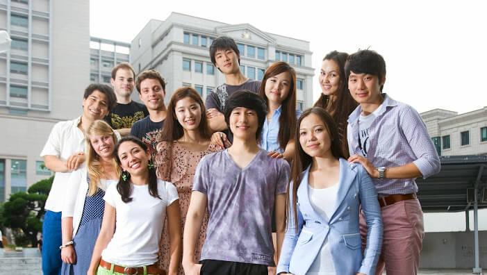 Điểm danh các loại học bổng tại trường đại học ngoại ngữ Hàn Quốc