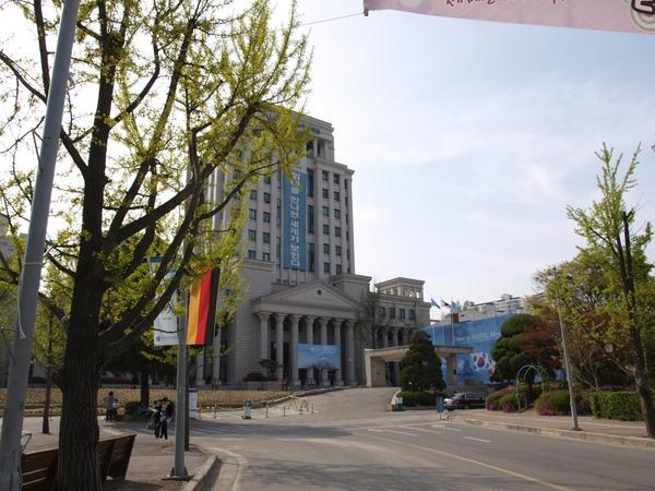 trường đại học ngoại ngữ Hàn Quốc!4